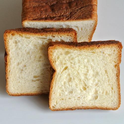高級デニッシュ食パン「パン・ド・グロワール」