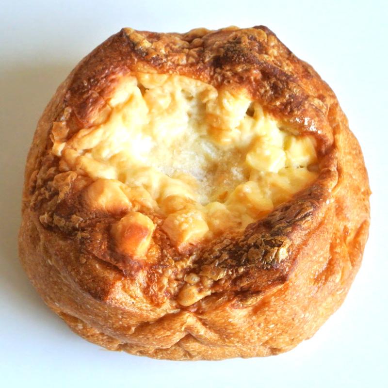 スープや肉料理にも相性がいい「ゴーダチーズの自家製酵母パン」